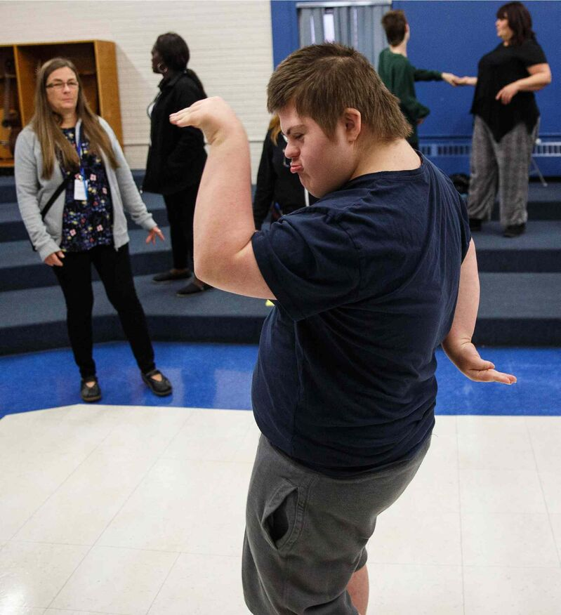 Willy dances during a rehearsal. (Mike Deal / Winnipeg Free Press)
