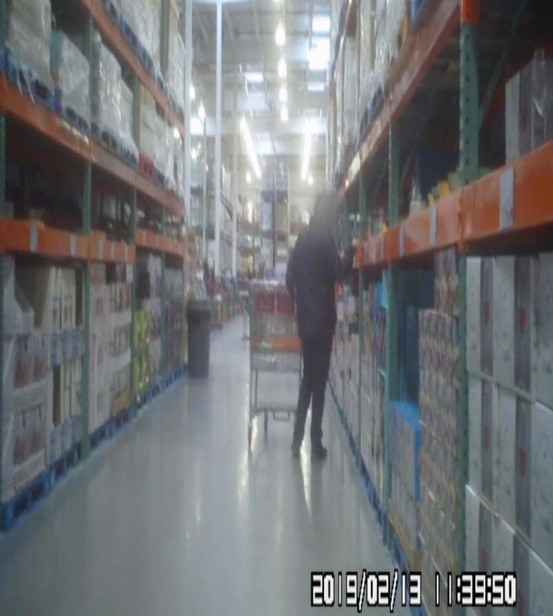 Surveillance footage of a City of Winnipeg planning, property and development department employee shopping at Costco. (Supplied)</p>