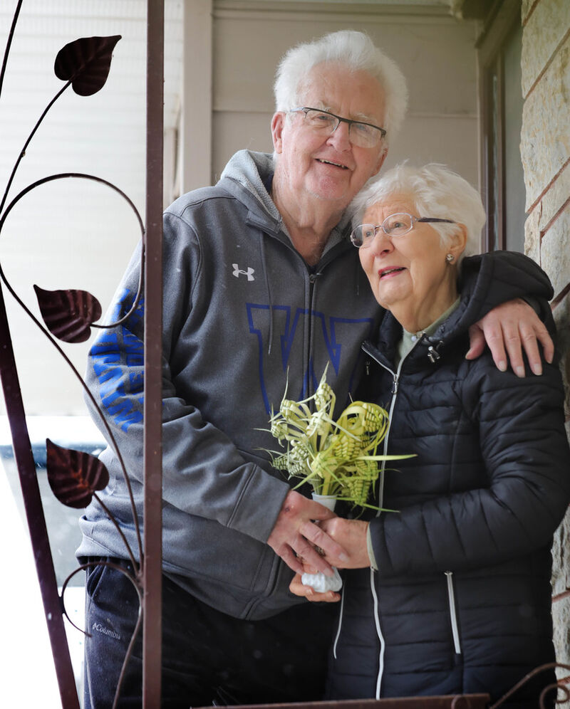 Jack and Jeannette Foot  have been attending St. Joseph the Worker together since the late 1950s. (Ruth Bonneville / Winnipeg Free Press)