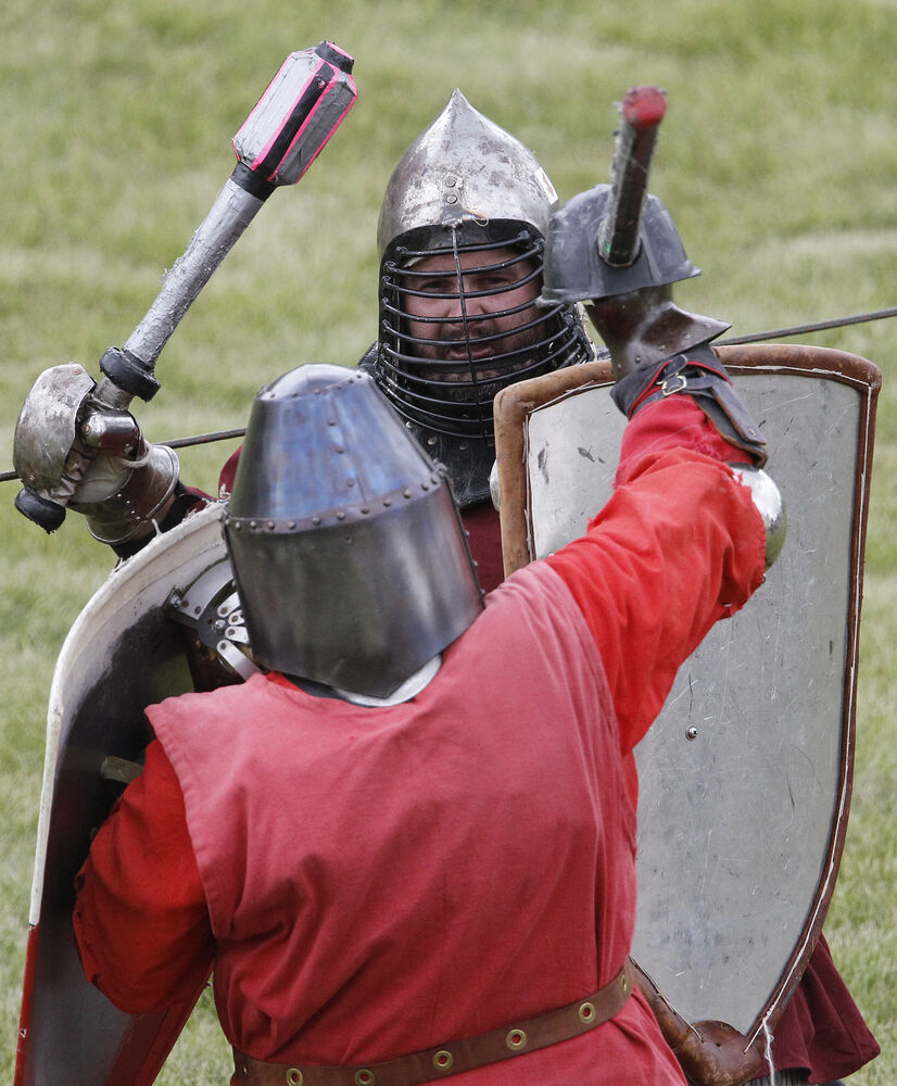 Ready to rumble? Participants hold a combat demonstration.  (Trevor Hagan / Winnipeg Free Press)