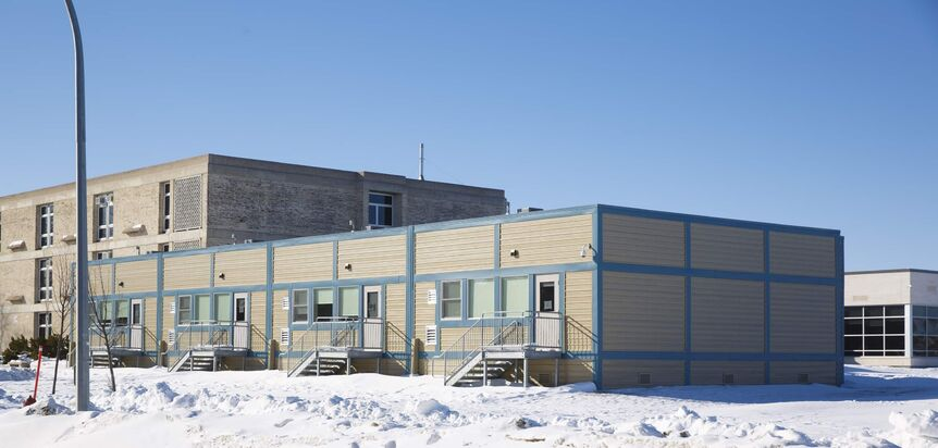The province has asked divisions dealing with high enrolment to maximize space and fill open seats in other classrooms within their borders instead of approving trailer-classroom requests. Last week, Pembina Trails was notified that once again, its request for four portables at South Pointe School had been rejected, even though the school is nearly 80 students over capacity. (Mike Deal / Winnipeg Free Press)