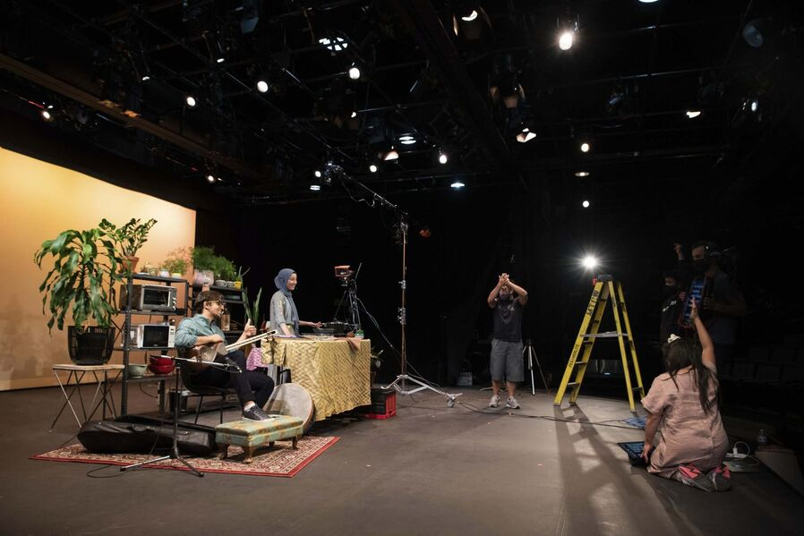Virtual theatre event connects viewers with immigrants' stories through food