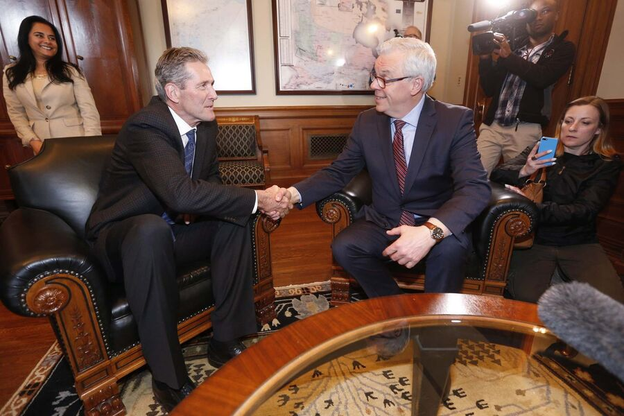 Like Selinger before him, Pallister digs a hole the party may not escape