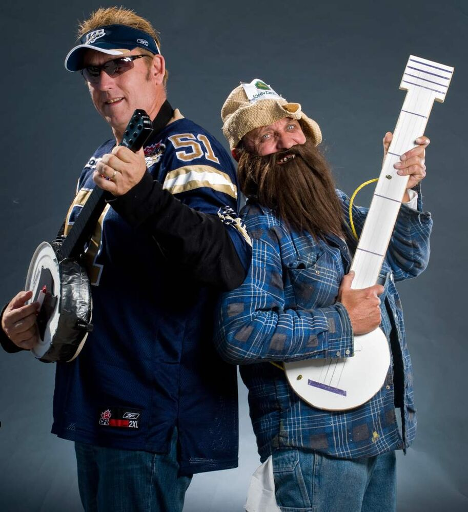 """Dueling Banjos"" Scott Chisholm (left) and Don Schwartz  (DAVID LIPNOWSKI / WINNIPEG FREE PRESS)"