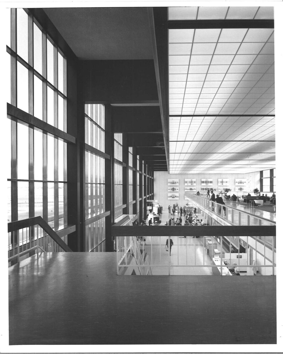 GBR</p><p>Winnipeg International Airport (1964). The architects sought to create a calm environment to offset the &ldquo;rush&rdquo; of travel.</p>