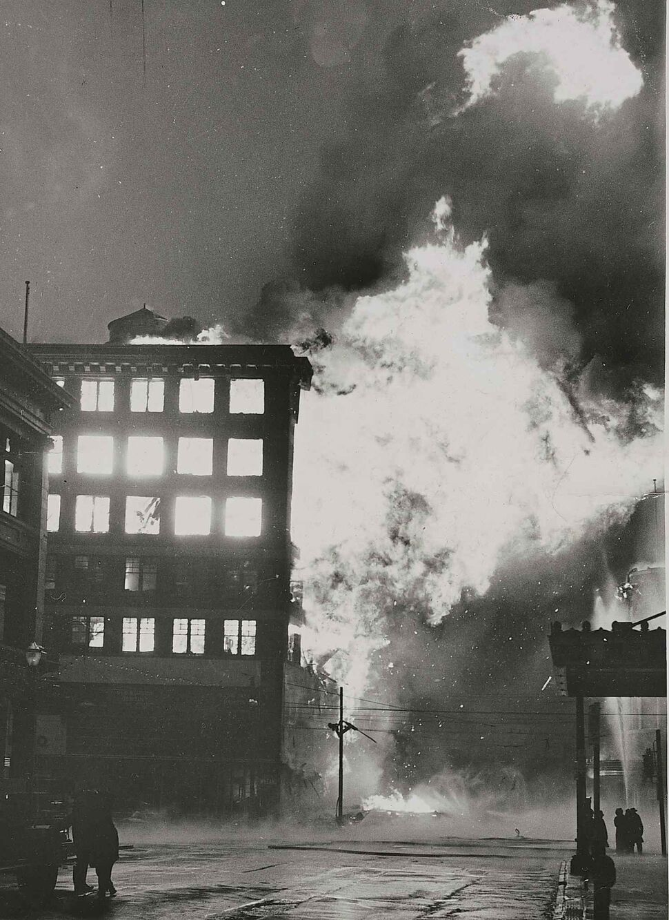 WINNIPEG FREE PRESS FILES</p><p>The Time Building at 6:20 a.m. on June 8, 1954.</p>