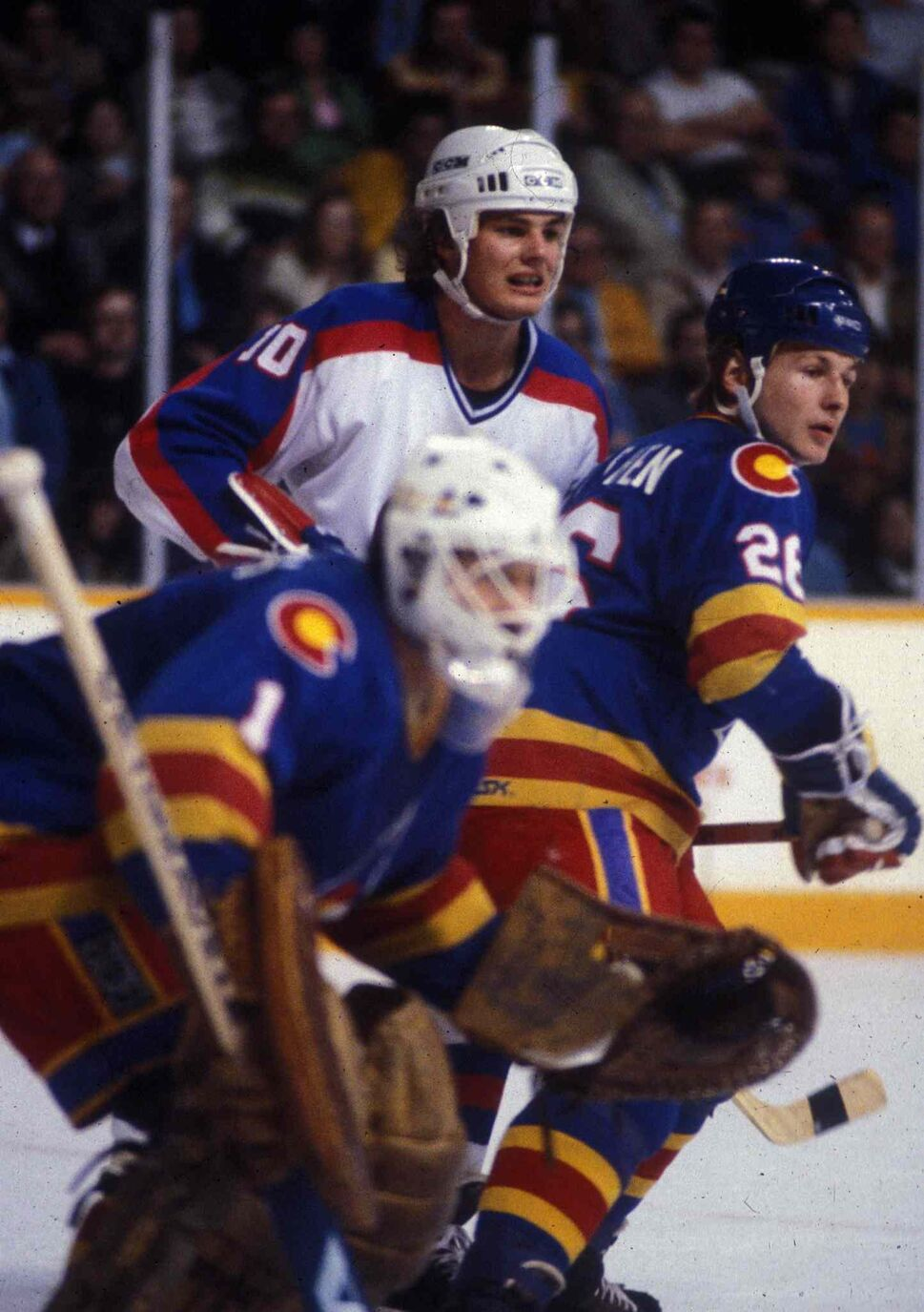 Hawerchuk playing against the Colorado Rockies in his first NHL season in 1981. (Ken Giglioitti / Winnipeg Free Press files)