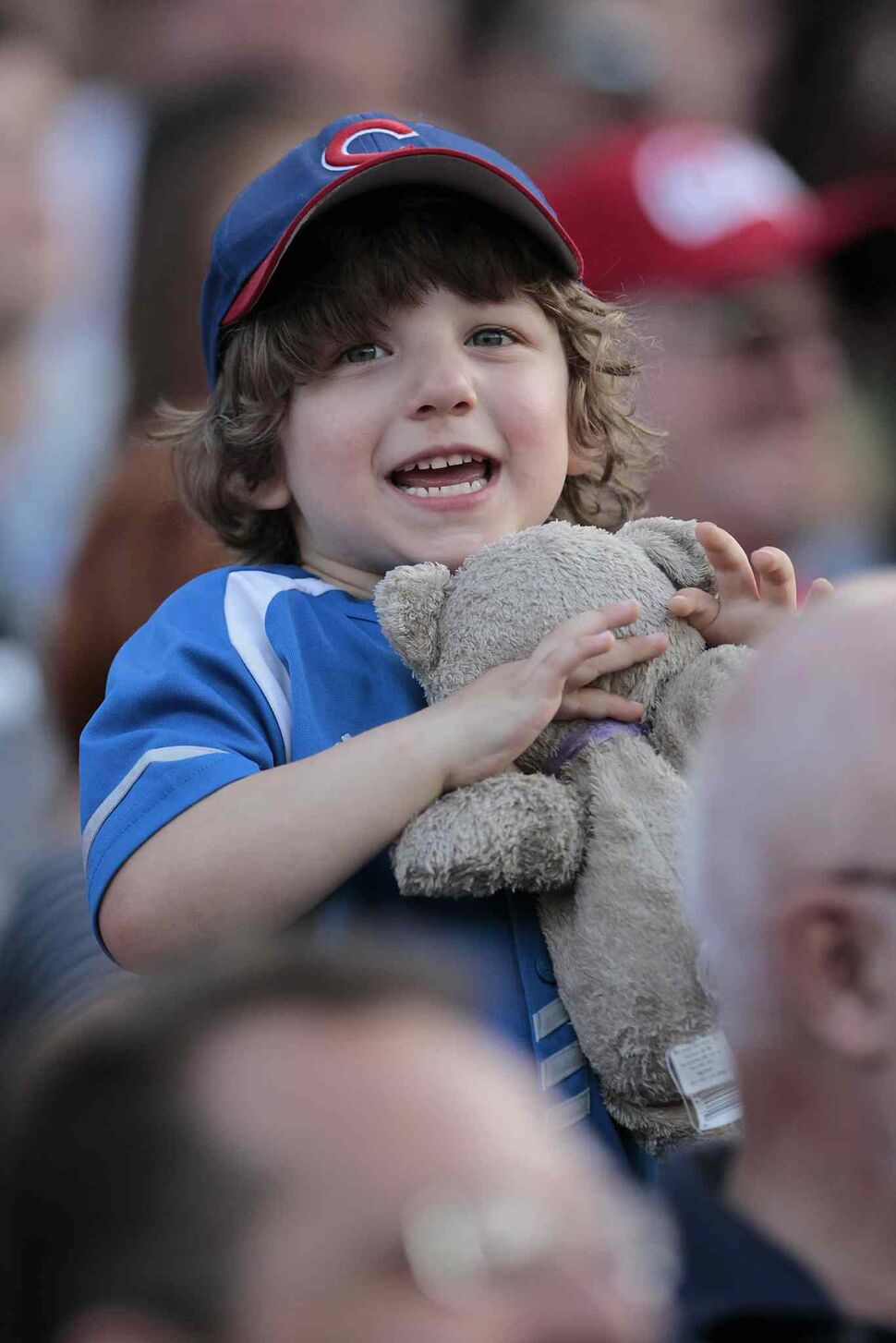 A young fan enjoys the game. (John Woods / Winnipeg Free Press)