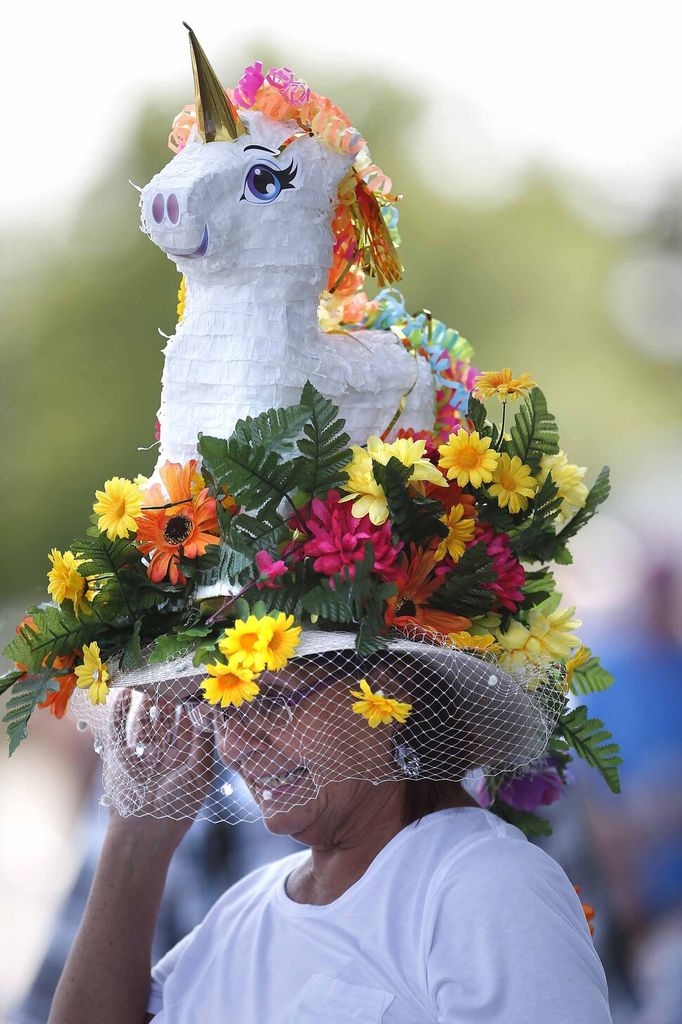 A closer look at Jamie Bremner's unicorn hat.