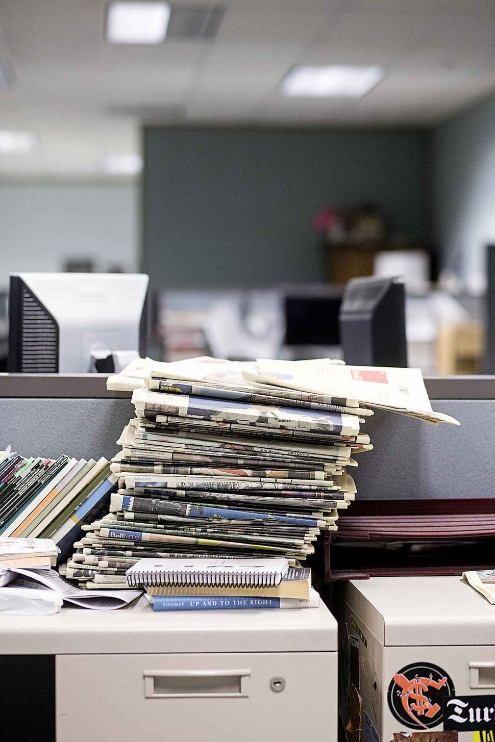 If there's one thing you'll find in the newsroom, it's stacks of paper. MIKAELA MACKENZIE / WINNIPEG FREE PRESS