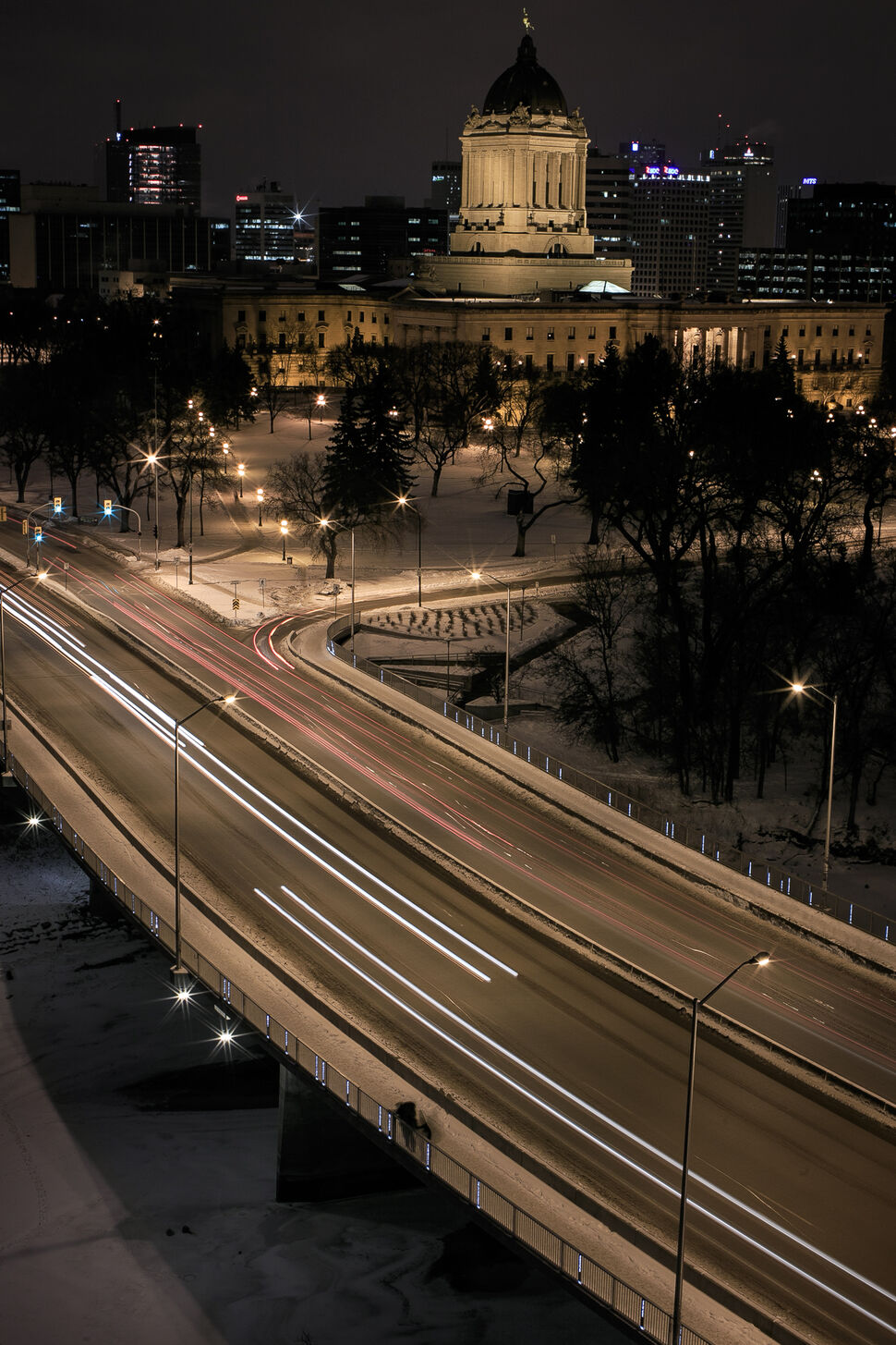 A long exposure of the Osborne Street Bridge and Legislative Building. Day 43. (MELISSA TAIT / WINNIPEG FREE PRESS)