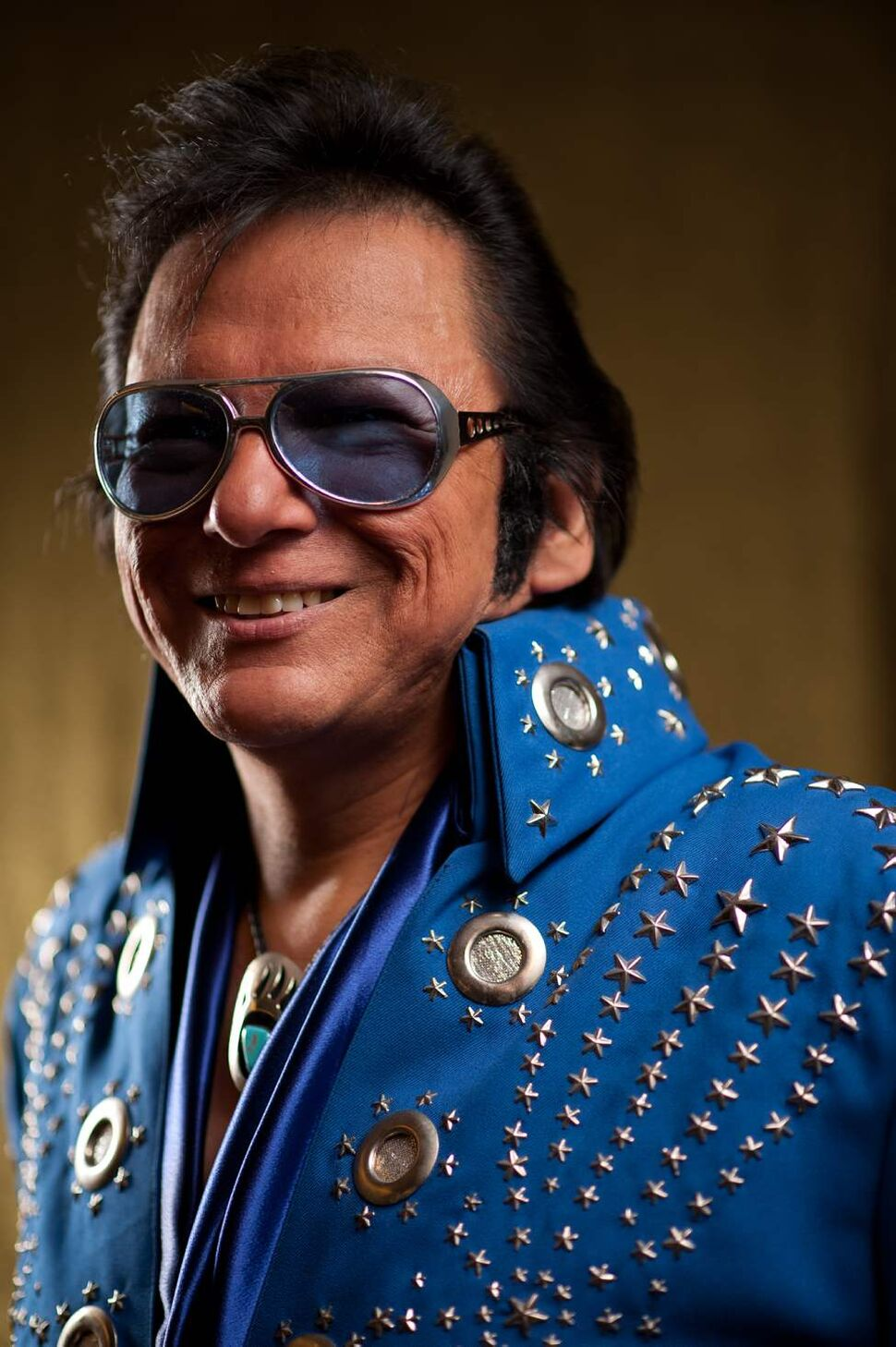 "Gerry ""the Big Bear"" Barret as Elvis. Elvis impersonators performed for a full Gimli recreation centre, which comes less than a week before the 35th anniversary of Elvis's death. COLE BREILAND / WINNIPEG FREE PRESS"