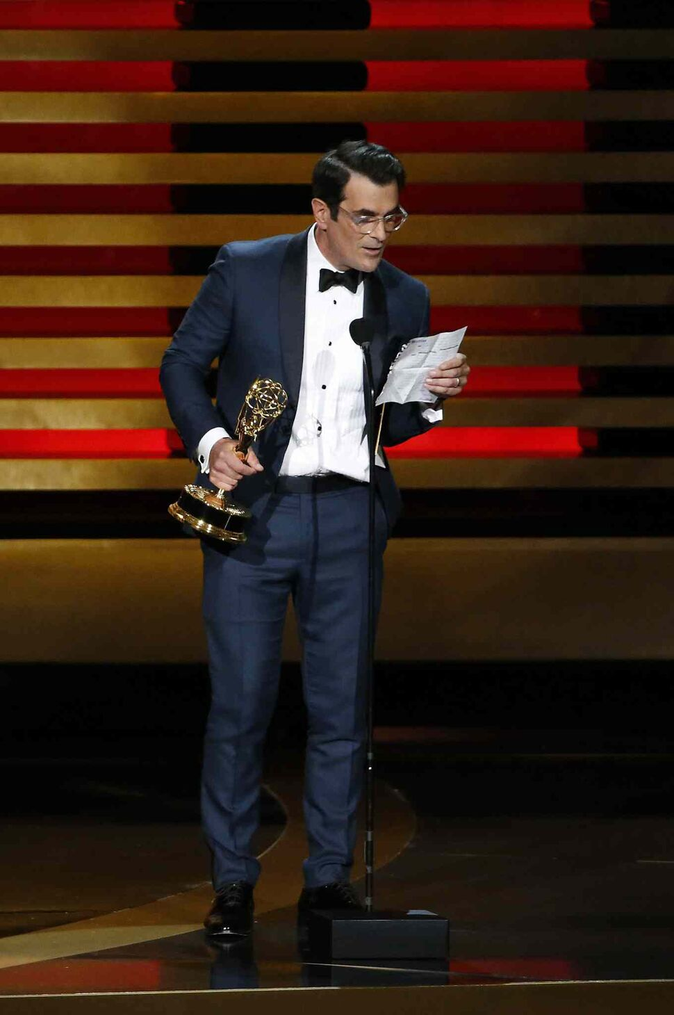 Modern Family's Ty Burrell offers his acceptance speech for Best Supporting Actor in a Comedy Series. (Tribune Media MCT)