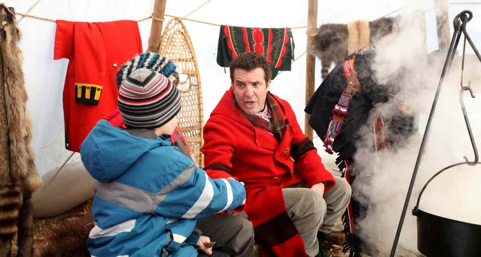 CBC personality Rick Mercer spends the day at the Festival du Voyageur Saturday.  (Ruth Bonneville / Winnipeg Free Press)