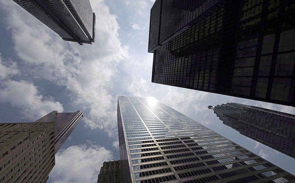 The majority of Canada's big five banks have stayed away from dealing with entrepreneurs in the marijuana industry. (Adrien Veczan / The Canadian Press files) (CP)