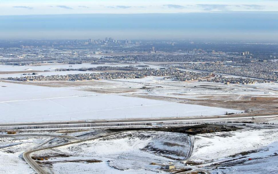 City of Winnipeg Water and Waste Department's Brady Road Resource Management Facility (Brady Road Landfill) (BORIS MINKEVICH / WINNIPEG FREE )