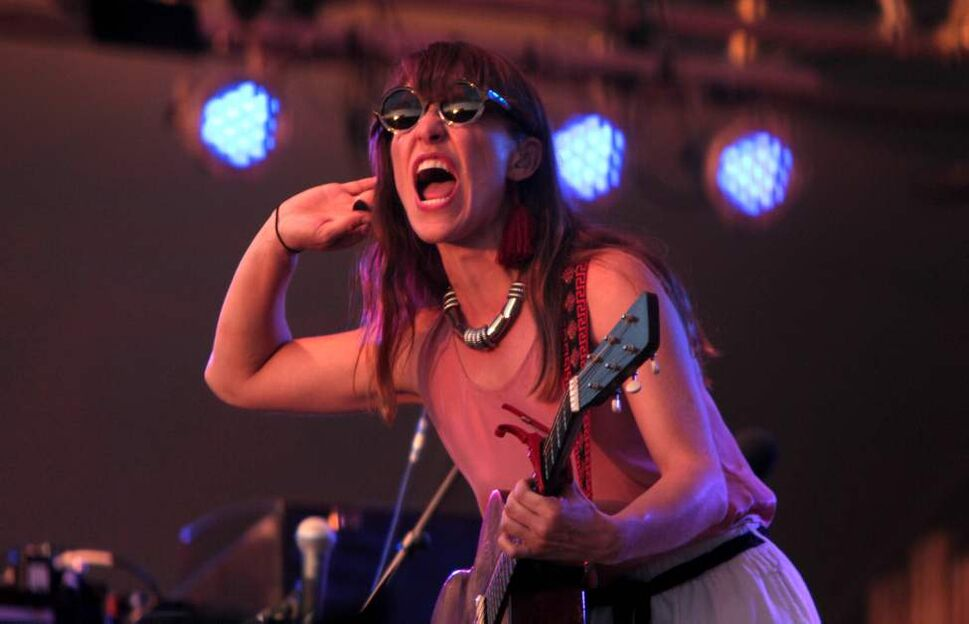 Feist performs on the Main Stage at the 39th annual Winnipeg Folk Festival at Birds Hill Park Wednesday night. Ruth Bonneville / Winnipeg Free Press
