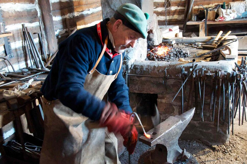 Working iron