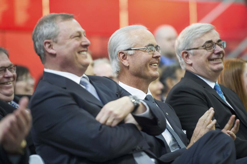 DAVID LIPNOWSKI PHOTO</p><p>Hartley Richardson, centre, with Paul Soubry, left, president of New Flyer Industries, and chairman of the Front and Centre Campaign and David Barnard, University of Manitoba president.
