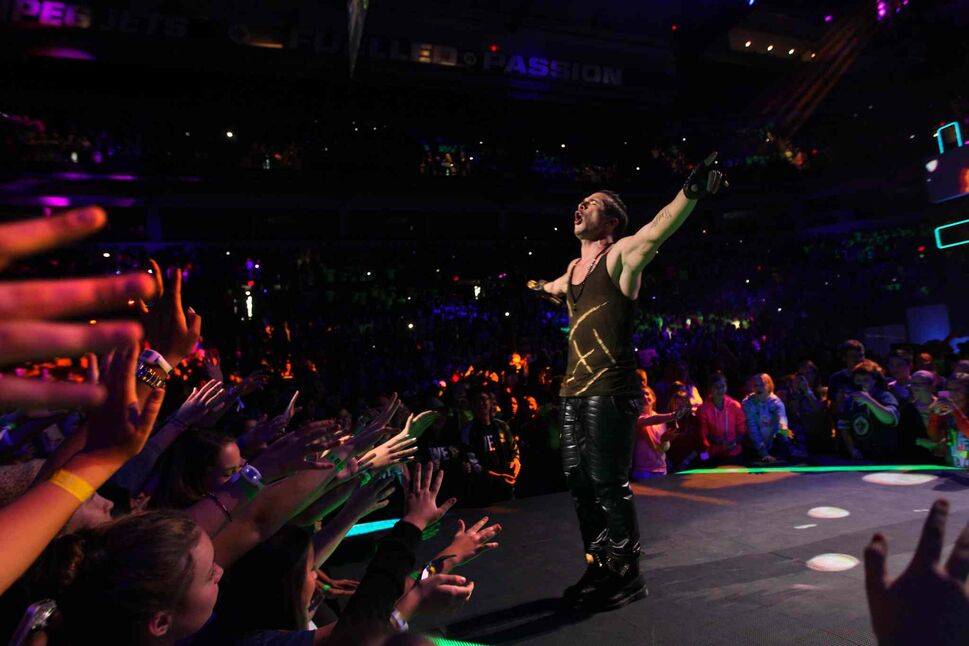 Shawn Desman performs at We Day. (Ruth Bonneville / Winnipeg Free Press)