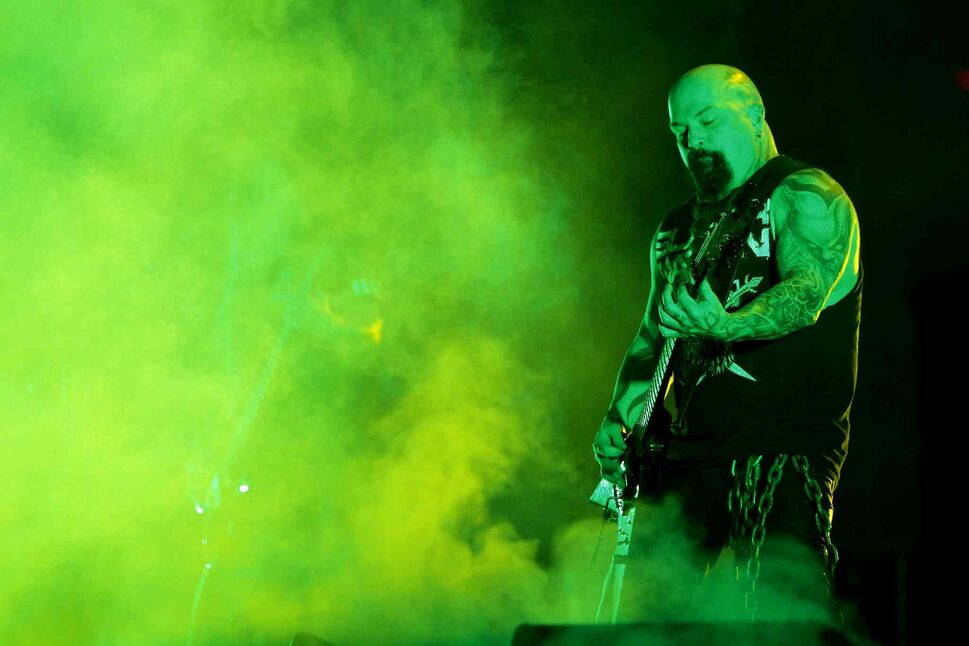 Guitarist Kerry King brings the riffage. (BORIS MINKEVICH / WINNIPEG FREE PRESS)