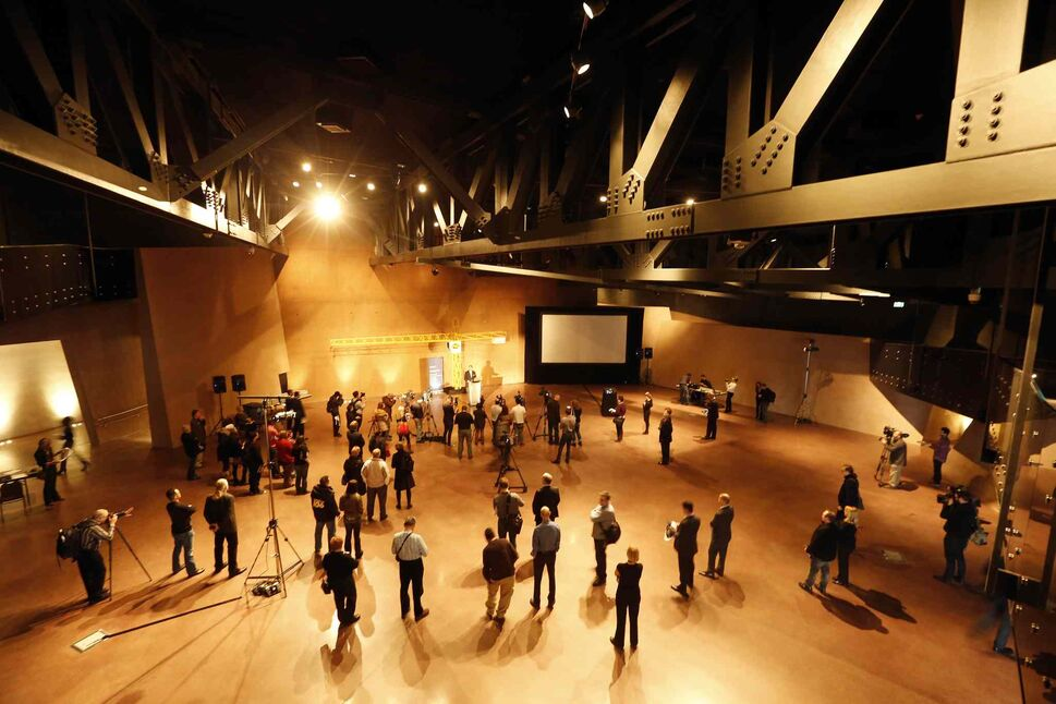 Visitors are greeted with a large, dark space in the Great Hall on the main floor. (KEN GIGLIOTTI / WINNIPEG FREE PRESS)
