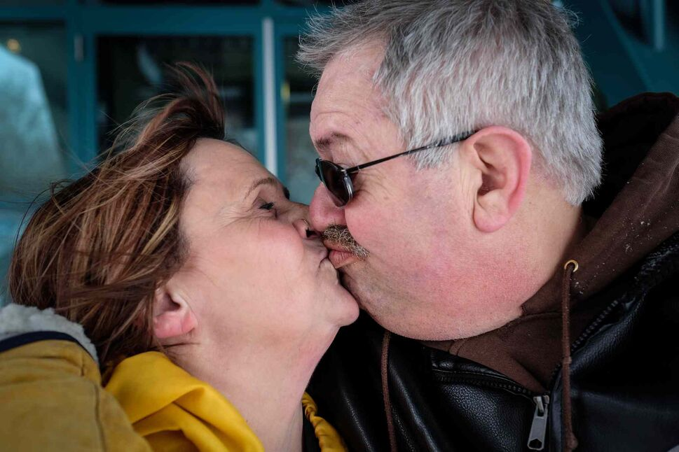 Cathy Hurd and Tom Carter have been together for 16 years. Last year Tom was diagnosed with frontotemporal dementia, a disease that will eventually take Tom's life. 