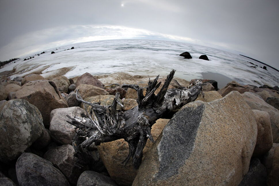 Lake Winnipeg is slowly thawing, but chunks of ice can still be seen floating around as a chilly reminder that summer is not quite here.  (John Woods / Winnipeg Free Press)