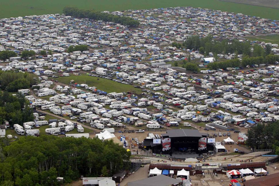An aerial view of the festival site taken during a chopper ride from Gimli-based Prairie Helicopters.  (BORIS MINKEVICH / WINNIPEG FREE PRESS)