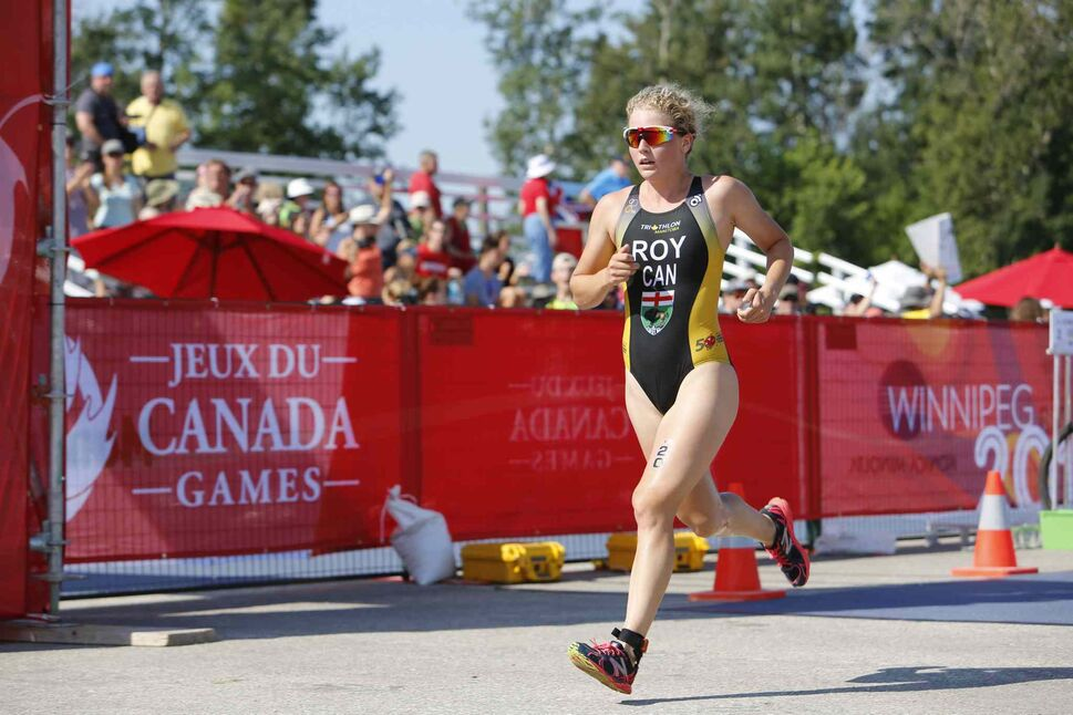 JUSTIN SAMANSKI-LANGILLE / WINNIPEG FREE PRESS</p><p>Manitoban Kyla Roy completes her second lap of three during the running stage at the Triathlon Individual Female at Birds Hill Park Monday, July 31, 2017. Roy finished third in the competition behind B.C. athletes Desirae Ridenour and Hannah Henry.</p> (Justin Samanski-Langille / Winni)