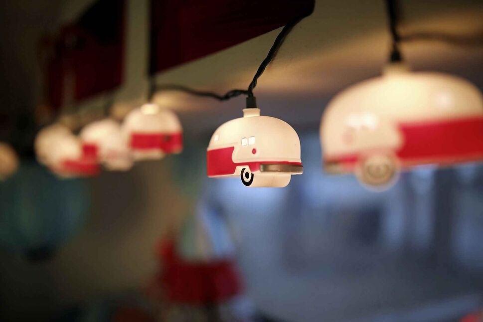Little Boler camper lights decorate the inside of McKay's trailer. (Tim Smith / The Brandon Sun)