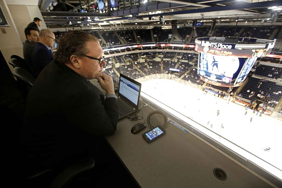 Mike McIntyre in the press box at a Winnipeg Jets game. WINNIPEG FREE PRESS (WINNIPEG FREE PRESS)
