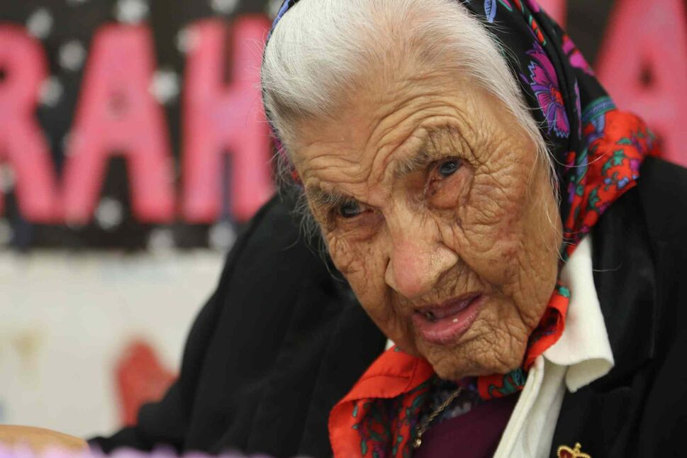 Sarah Harper is centre stage at her 111th birthday party celebrated Thursday at Bunibonibee Cree Nation. (DOUG THOMAS)