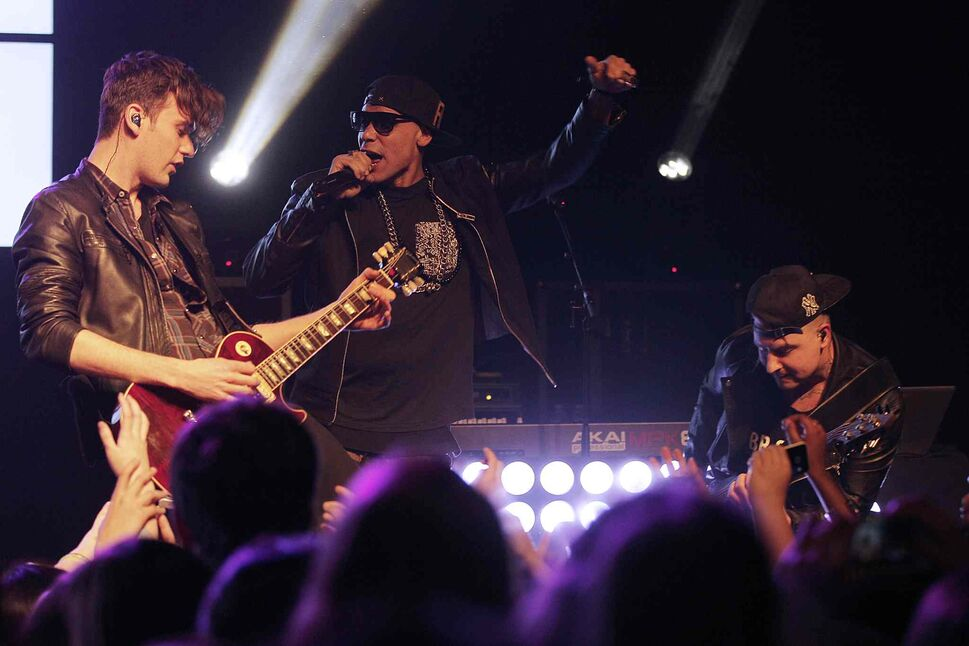 Down With Webster thrilled the audience at the Garrick Theater Monday night.  (John Woods / Winnipeg Free Press)