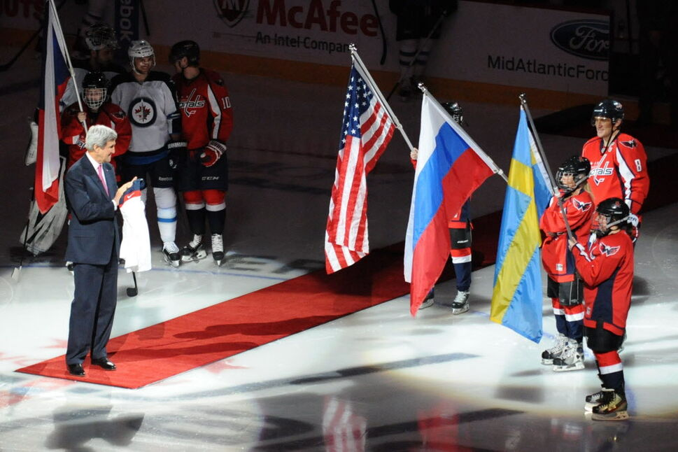 An NHL hockey game between the Winnipeg Jets and the Washington Capitals begins at the Verizon Center in Washington on Thursday. (Mitchell Layton / Tribune Media MCT)