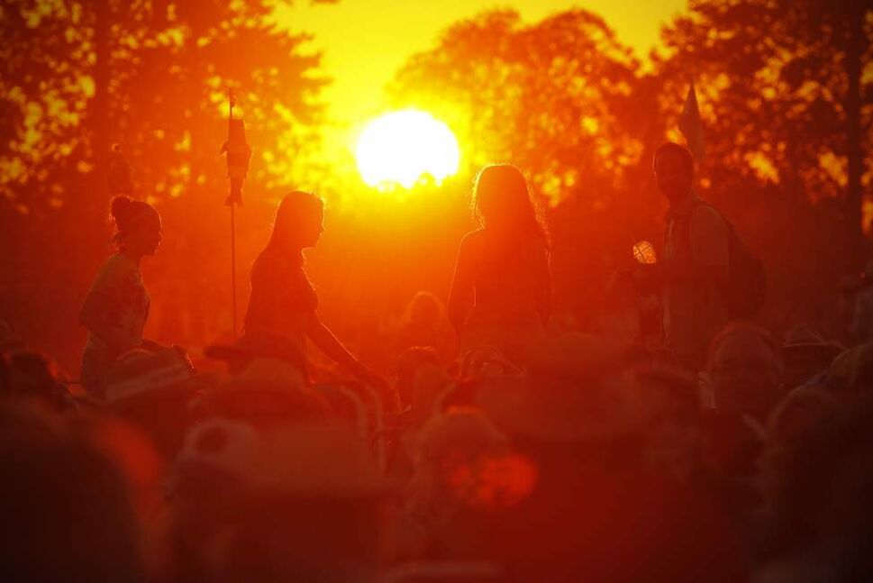 The sun sets on the last day of the Winnipeg Folk Festival Sunday. John Woods / Winnipeg Free Press