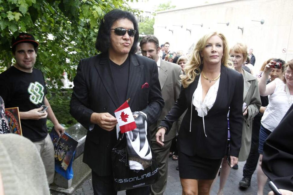 Gene Simmons arrives at City Hall with Shannon Tweed before receiving the key to the city.  June 15, 2011