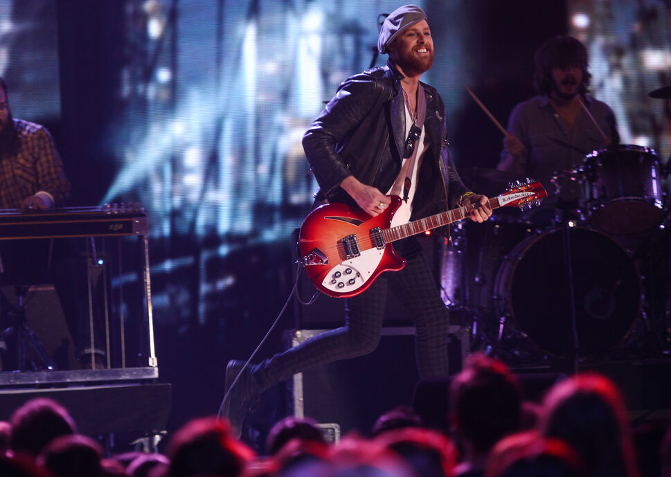 Matt Mays performs at the 2014 Juno Awards.