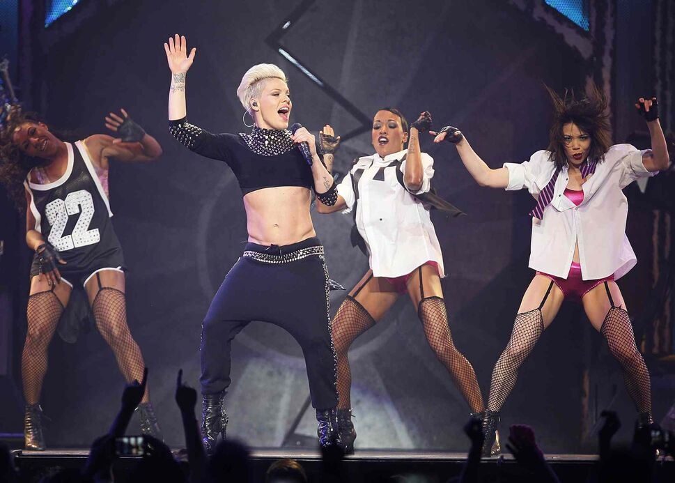 Pink's back-up dancers kept the energy alive throughout the superstar's sold-out MTS Centre show Tuesday. (John Woods / Winnipeg Free Press)