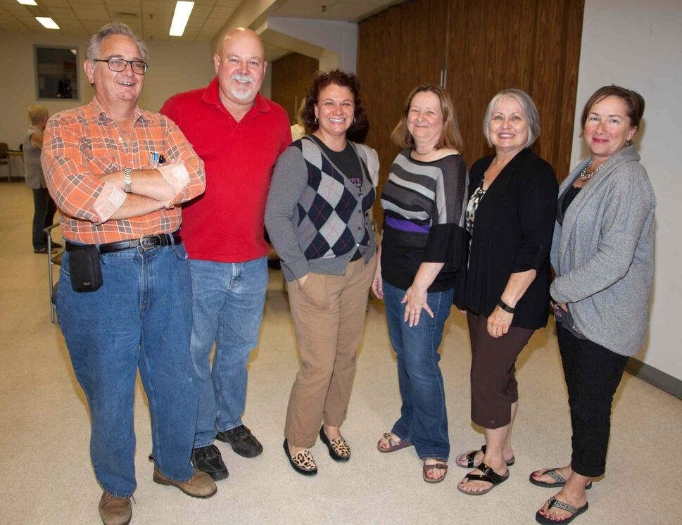The Manitoba Camera Club has been a gathering place for shutterbugs since 1932. They meet every Tuesday from September to April. Pictured, from left, at their Sept. 8, 2015 meeting are George Love (second vice-president), Lynn Latozke (president), Kathy Schubert, Cheryl Latozke and Debbie Vokey.  (JOHN JOHNSTON / WINNIPEG FREE PRESS)