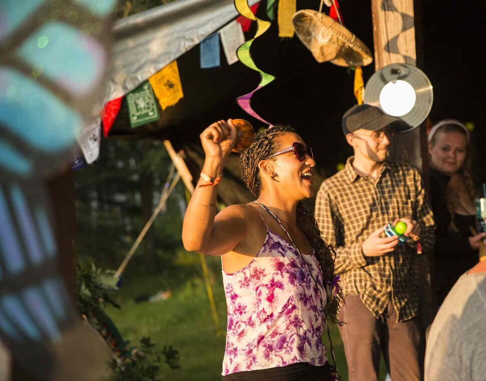 Anita Therriault sings and dances the night before folk fest at Birds Hill Park on Wednesday, July 8, 2015. (Mikaela MacKenzie / Winnipeg Free Press)