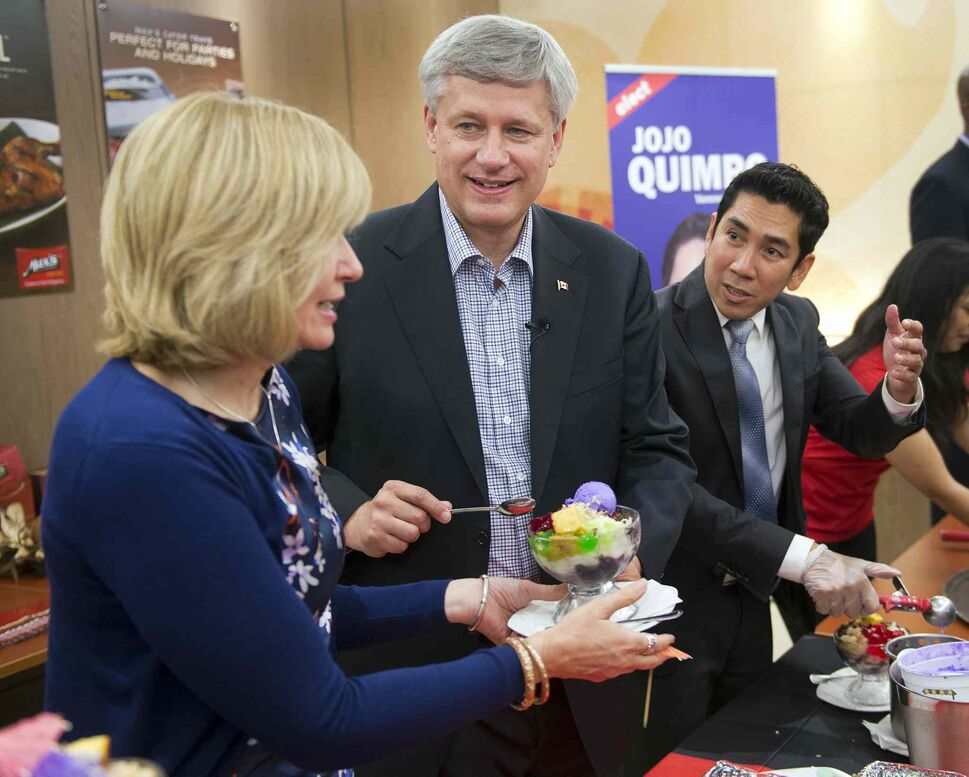 Conservative Leader Stephen Harper and wife, Laureen. (CP)