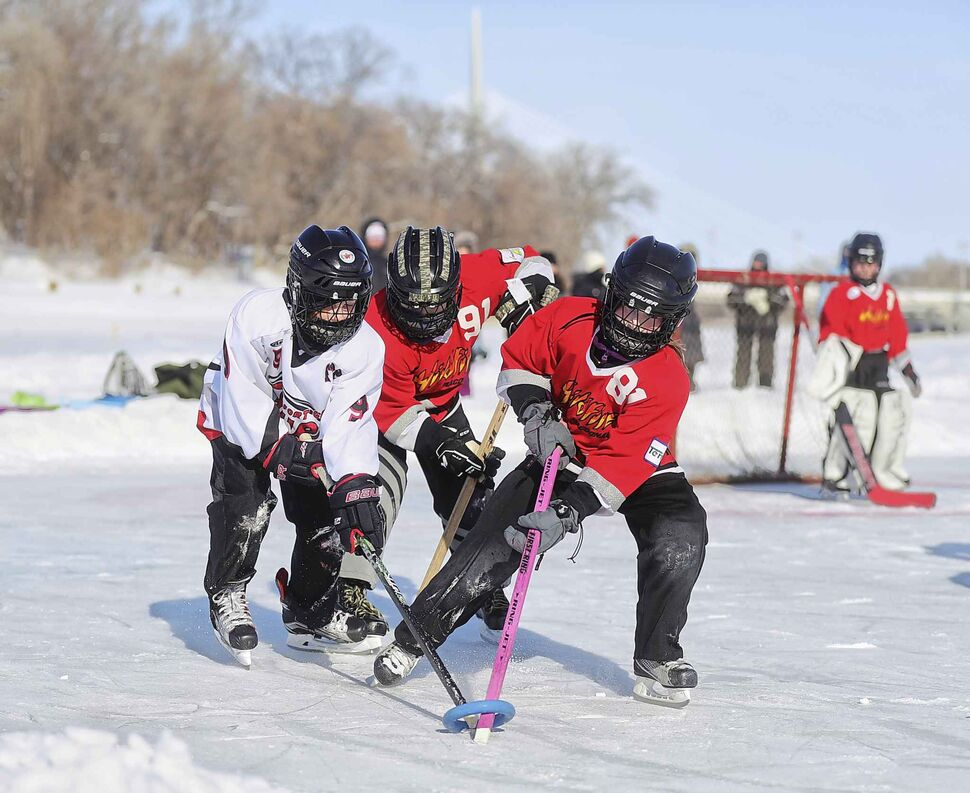 TREVOR HAGAN / WINNIPEG PRESS</p><p>The Fort Garry Flyers vs the Macdonald Wildfire during Ringette on the River at The Forks, put on by the Southwest Winnipeg Ringette Association, Sunday, February 17, 2019.</p>