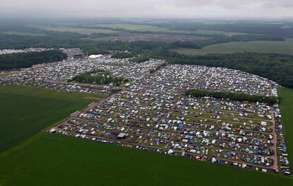 Aerial photos of the festival site.