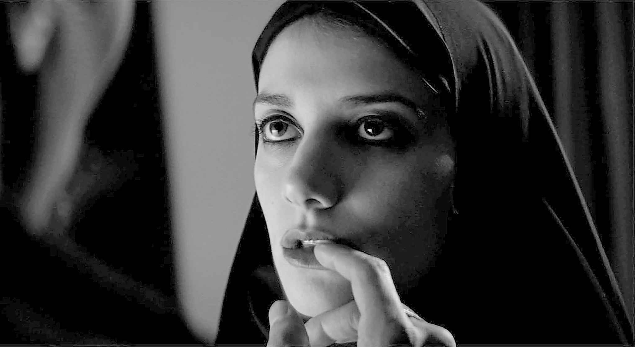 Sheila Vand is a vampire in A Girl Walks Home Alone at Night. (Kino Lorber Inc.)