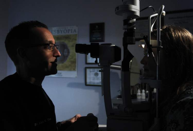 Under new legislation, qualified optometrists in Manitoba will be able to prescribe and administer certain drugs to treat eye infections, glaucoma, uveitis, dry eye and ocular allergies.