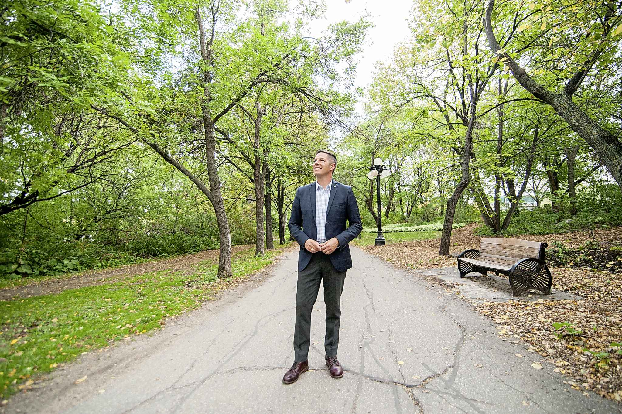 Mayor Brian Bowman announced the reforestation project in October, with a target to plant one million trees by 2040. The planting strategy  is expected to cost $43 million and require 50,000 new trees each year, a city report states. (Mike Sudoma / Free Press files)