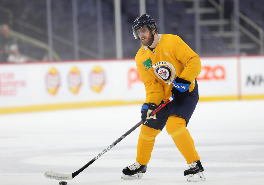 Bryan Little skated with the team in February, but hasn't played a game in eight months. (Ruth Bonneville / Winnipeg Free Press files)