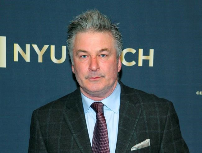 Alec Baldwin welcomes son