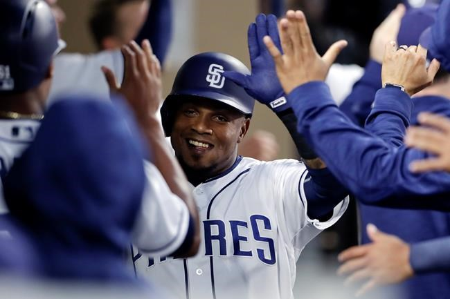 Renfroe's 2-run homer in 10th gives Padres 6-5 win